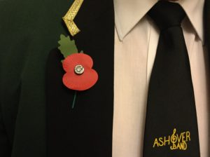 ashover_bandsman_wearing_poppy